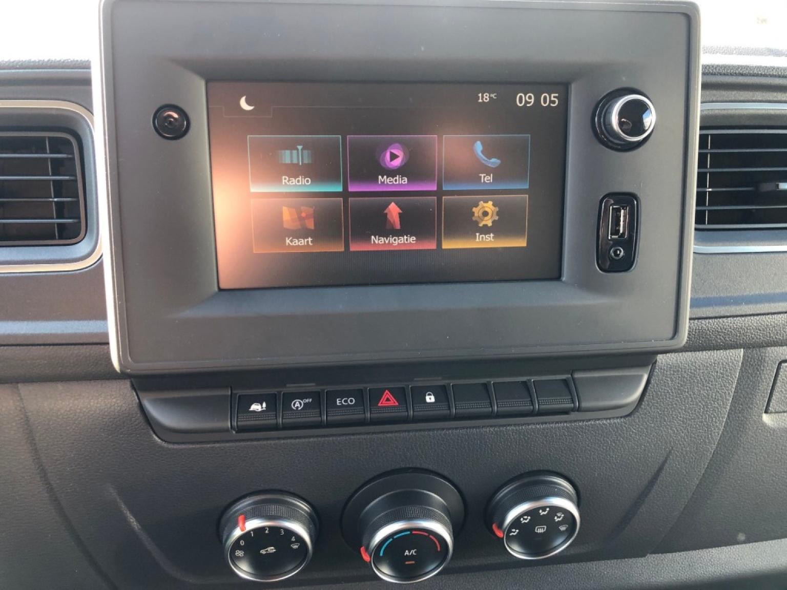 Renault-Master-9